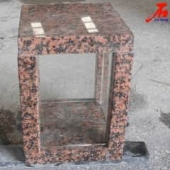 Red Granite Lanterne with Glass